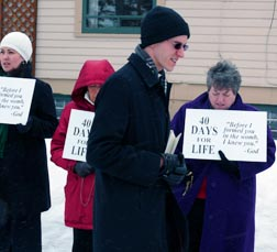 Fr. Dean Dowle leads pray warriors in the rosary during the 40 Days for Life Campaign.