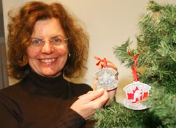 Jane Twohey designed a pewter ornament to honour Canada's soldiers, military chaplains.