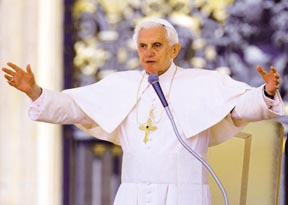 Pope Benedict called on U.S. Catholic bishops to defend the freedom of religion.