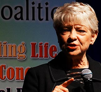 Carol Everett ran 4 abortion clinics in Texas until she converted to Christianity.