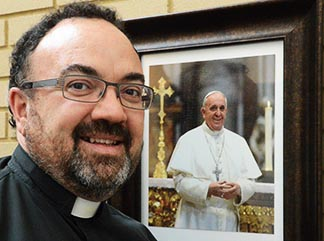 Fr. Stefano Penna will teach a course at Newman College this fall on the Face of Mercy.