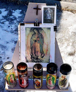 A makeshift shrine helps participants in 40 Days for Life in their prayer.